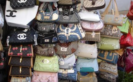 Po czym rozpoznać podróbkę markowej torebki