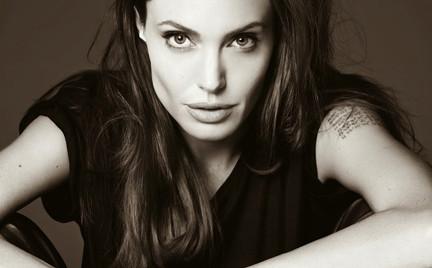 Angelina Jolie w obiektywie Hedi Slimane