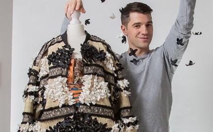 C A wspiera młodych twórców mody. Michael Hekmat w konkursie Re-imagine Design Challenge