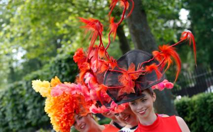 Niezwykłe kapelusze z Royal Ascot