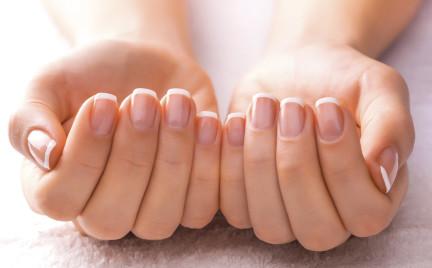 Nowy trend w świecie kosmetyków: maseczki do paznokci