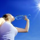 Potrzebujesz motywacji by w końcu zacząć pić odpowiednią ilość wody