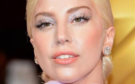Paski liftingujące czyli jak Lady Gaga walczy ze zmarszczkami