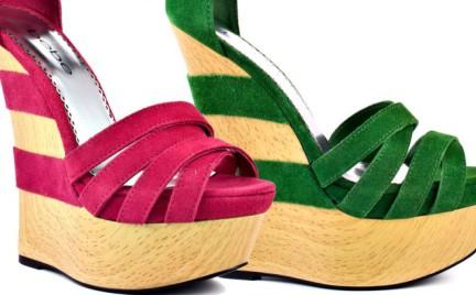 Sandały na drewnianym koturnie