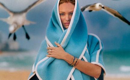 Piękna Candice Swanepoel na plaży