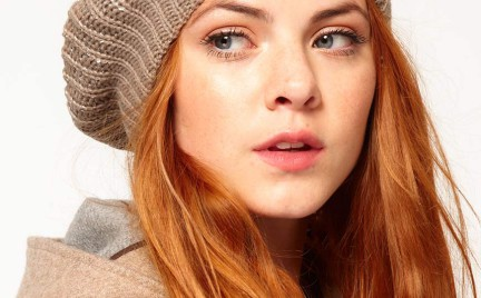 Kupujemy jesienno-zimowe dodatki: czapki