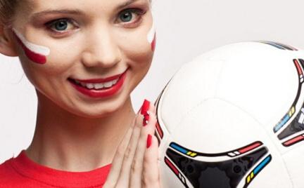 Makijaż kibicki na Euro 2012 według Simple Beauty