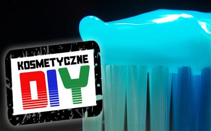 Zrób to sama Kosmetyczne DIY: pasta do zębów bez fluoru i SLS