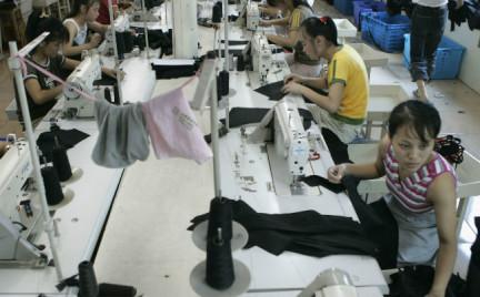 Płaca minimalna niszczy przemysł mody