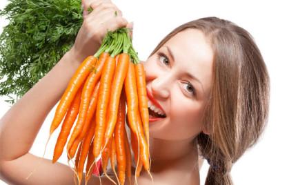 Karoten lepszy niż tradycyjna opalenizna