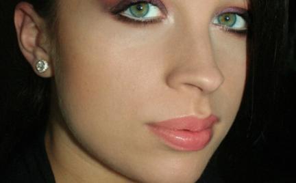 Makijaż 186 Śliwkowy dla zielonookiej