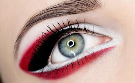 Makijaż: Graficzny Tricolor