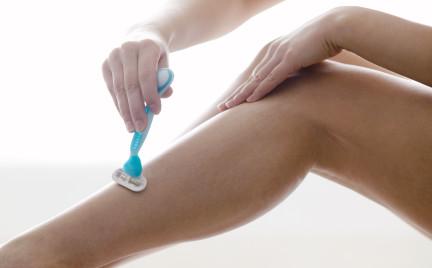 Najczęstsze błędy popełniane podczas golenia nóg