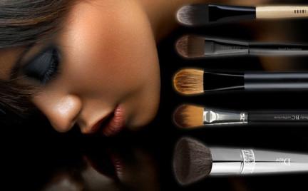 Tajemnice kosmetyków: pędzle do makijażu pędzel do fluidu