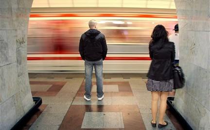 Snobka w mieście: wagony miłości w praskim metrze