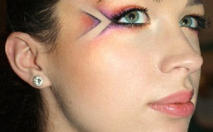 Makijaż 242 - graficzny