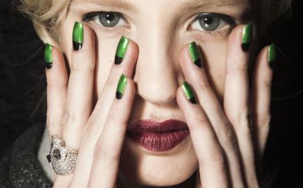 Jesienne makijaże. Propozycje z Paryskiego Tygodnia Mody