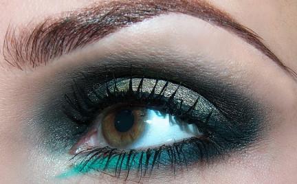 Makijaż: jak Versace
