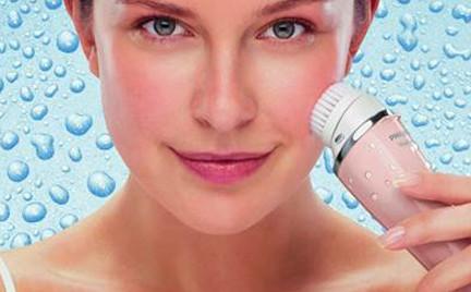 Kolejny hit oczyszczania: Philips VisaPure do twarzy i dekoltu