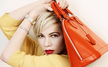 40885e98f9a85 Michelle Williams z torebkami Louis Vuitton czyli kampania doskonała