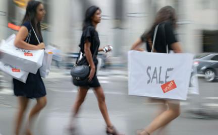 Jak kupować na wyprzedażach i nie przepłacić