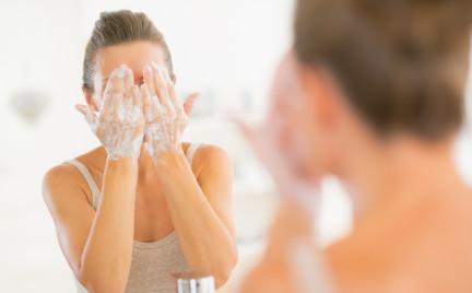 Pięć eko-składników w produktach do mycia twarzy