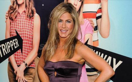 Która najlepsza: cztery sukienki Jennifer Aniston