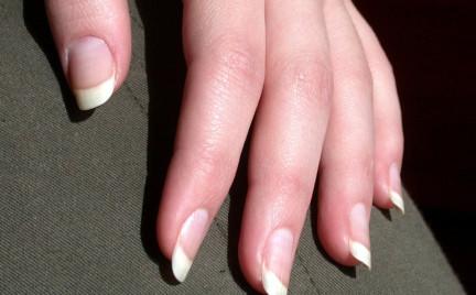 Tajemnice kosmetyków: Fiberglass na paznokcie
