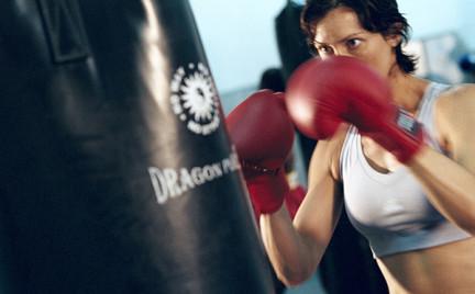 Modelki pokochały boks. Nowy trend w fitnessie