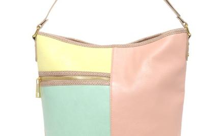 Najmodnieszy zestaw kolorów: pastelowa torebka Asos