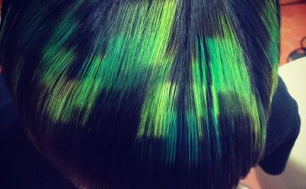 Nowy trend w koloryzacji włosów: piksele