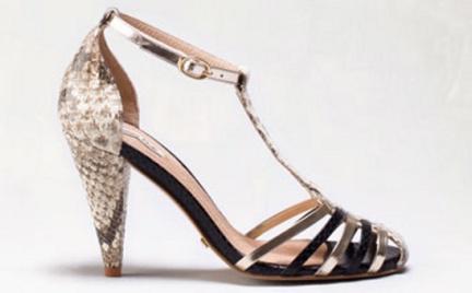 W stylu retro: sandały Massimo Dutti