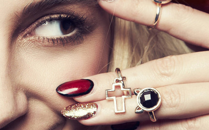 Kupujemy: pierścionki typu knuckle