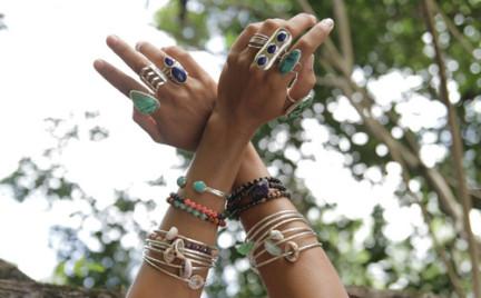 Jak wyczyścić srebrną biżuterię
