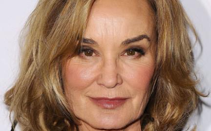 64-letnia Jessica Lange twarzą kosmetyków Marca Jacobsa