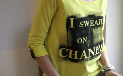DIY: bluzka z napisem