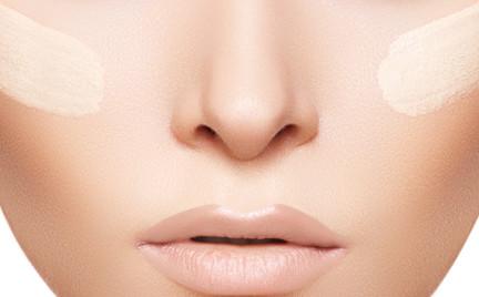 W poszukiwaniu podkładu idealnego: wiosenne bazy pod makijaż