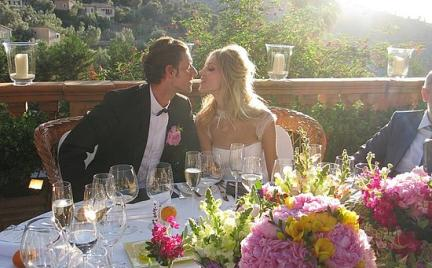 Anja Rubik wzięła ślub w sukni Emilio Pucci
