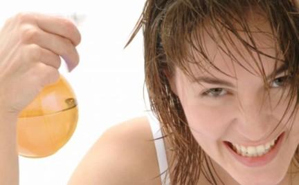 Kosmetyczne wpadki: czego włosy nie lubią