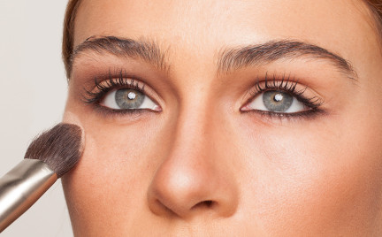Krok po kroku: smuklejszy nos bez ingerencji chirurga
