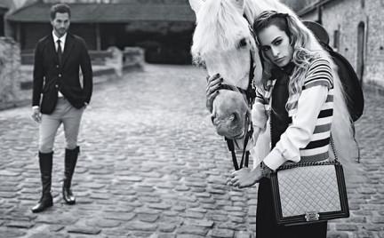 Alice Dellal w kampanii torebek Chanel Boy wiosna 2013