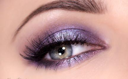 Makijaż: Połyskujący fiolet