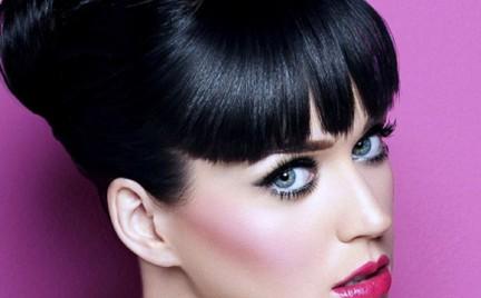 Krok po kroku: makijaż w stylu Katy Perry