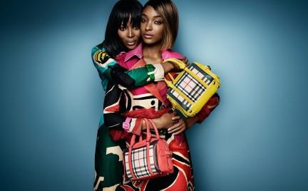 Moda łączy pokolenia. Naomi Campbell i Jourdan Dunn w kampanii Burberry