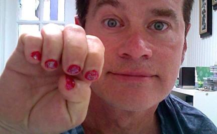 Bruce Jenner bohaterem. Internauci wspierają go akcją PaintYourNailsForBruce