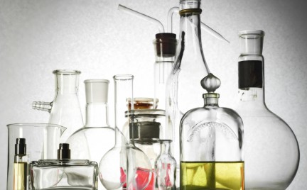 Koniec celebryckich perfum początek autorskich zapachów