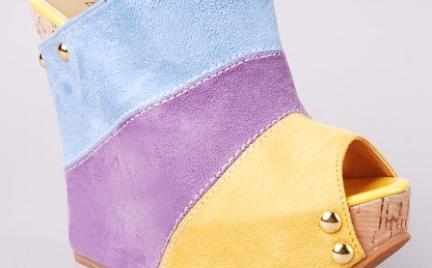 Pastelowe koturny Modekunden