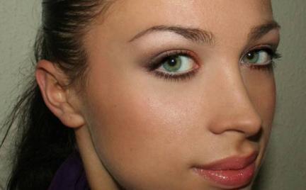 Makijaż 86 - codzienny świetlisty
