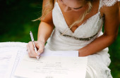 Snobka bierze ślub: zmiania nazwiska bezsensowna czy logiczna