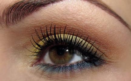 Makijaż: złote refleksy